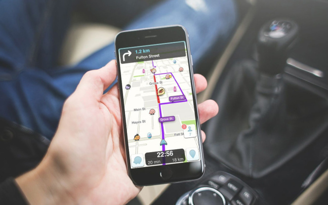 Une application de navigation simple et gratuite, Waze est utilisé par les automobilistes et motards ( source Ictnews.vn)