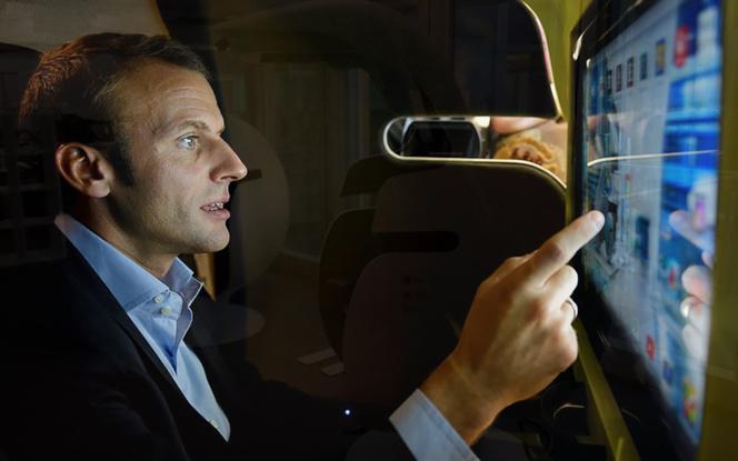 Le Président Macron testant le e-Bulle (photo Leet Design)