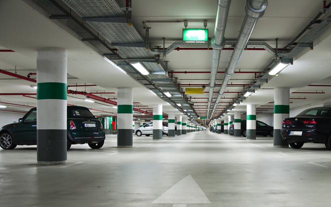 Des places vacantes dans de nombreux parkings privés. Yespark les proposent aux utilisateurs de son application.