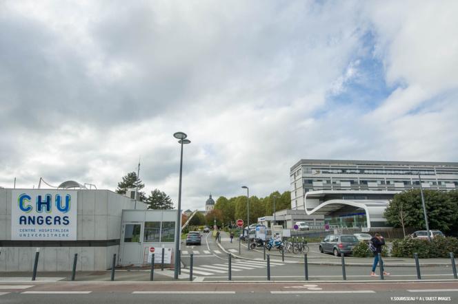 L'entrée principale du CHU d'Angers