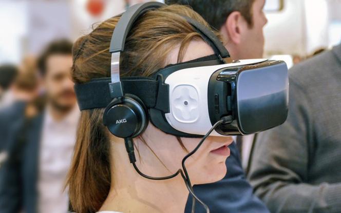 Explorer le corps humain avec un casque de réalité virtuelle (Photo Pixabay)