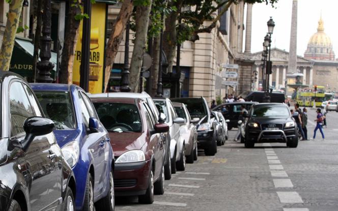 Le stationnement dans les grandes villes est difficile et les voitures tampons sont nombreuses  (Photo Figaro Economique)