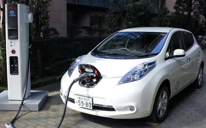 La voiture électrique nous permet d'exporter la pollution automobile vers des pays moins soucieux de leur environnement (photo Auto Moto)