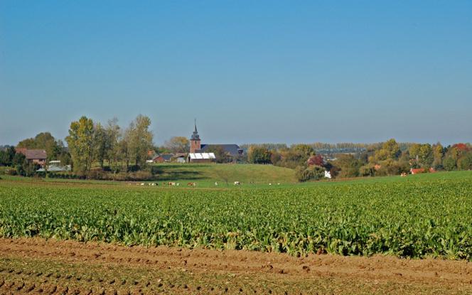 Le numérique, la transition écologique et les actions collectives et citoyennes doivent aussi toucher les villages ruraux (photo Ruralité Univ Liège)