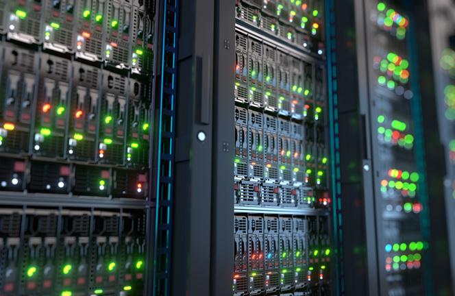 Les serveurs informatiques d'un hébergeur (Photo Adobe Stock)