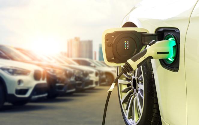 La voiture électrique un marché qui connait une croissance exponentielle (photo Adobe Stock)