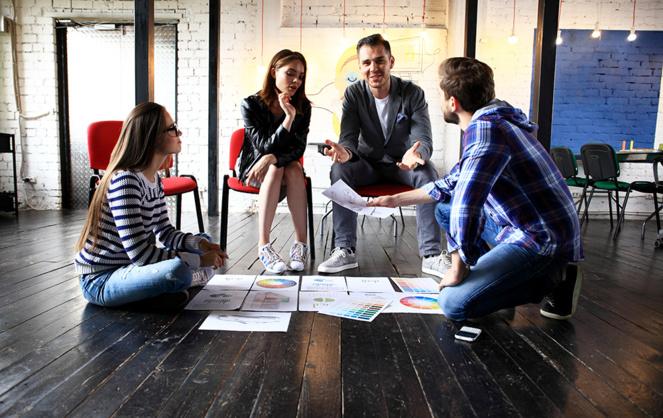 les startups sont elles-mêmes un formidable vivier d'emplois, en recherche constante de talents (Photo Adobe Stock)