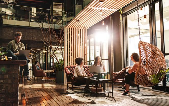 Des espaces agréables qui favorisent le travail collaboratif et l'échange d'idées. (Photo Adobe Stock)