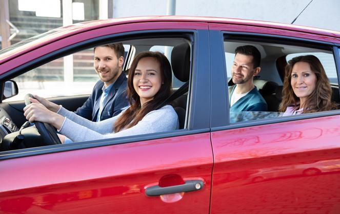 Le covoiturage peut présenter un risque pour les femmes seules ... (photo Adobe Stock)