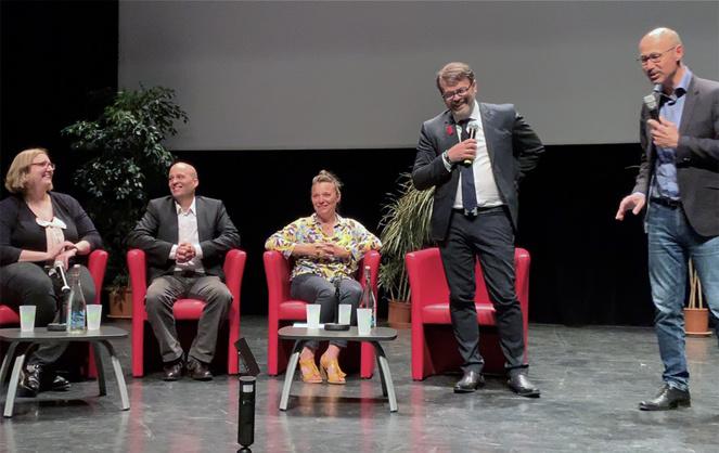 Les participants au débat organisé en juin dernier à Avril (photo extraite d'une vidéo)