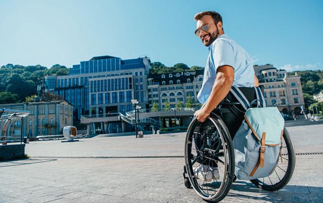 Les personnes en situation de handicap ont toute leur place dans la ville, aujourd'hui et demain (photo Adobe Stock)