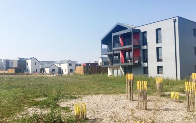 L'écoquartier de Beaucouzé, un projet en pleine évolution qui alterne habitat bas-carbone et espaces végétalisés (photo Alter)