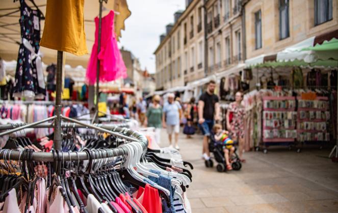 Le centre-ville de Nevers, lors de la braderie annuelle (Photo Ville de Nevers)