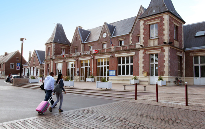 """La gare de Beauvais, une des 7 gares pilotes dans laquelle le projet """"Smart Station"""" est expérimenté (photo sire culturel Ville de Beauvais)"""