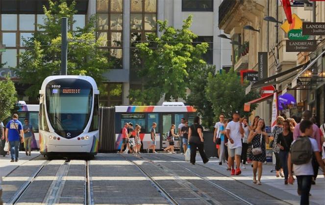 La première ligne de tramway en circulation dans le centre ville d'Angers (Photo ALDEV)