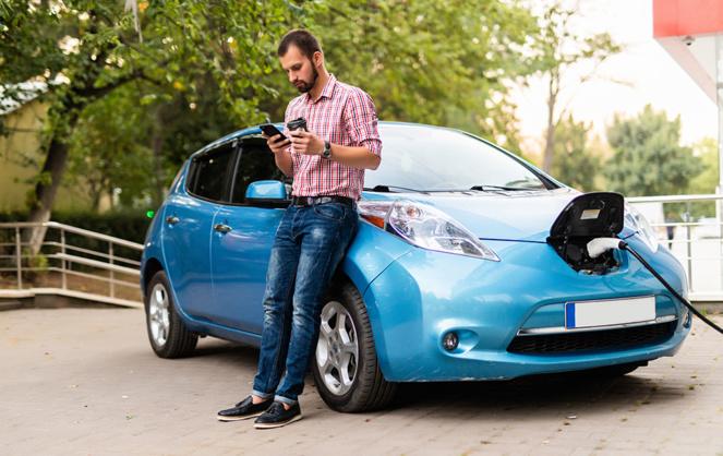 La voiture électrique devient de plus en plus intéressante (Photo Adobe Stock)