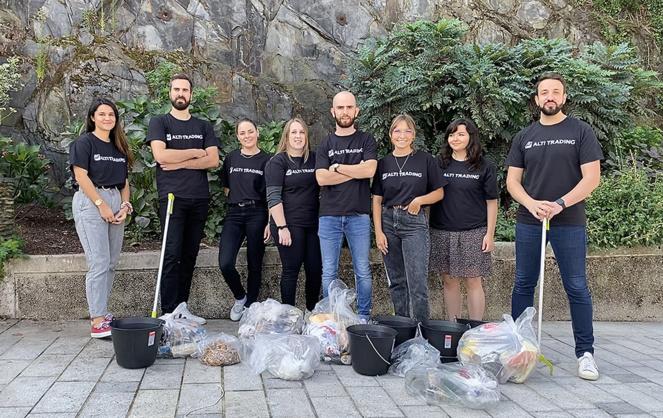 L'équipe d'Alti Trading lors de sa collecte anticipée (photo Alti Trading)