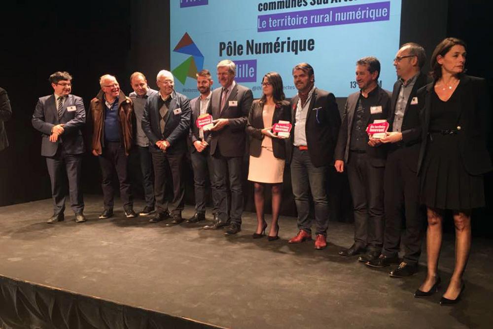 Les laureats 2016 avec au centre Constance Nebbula et Reynald Werquin