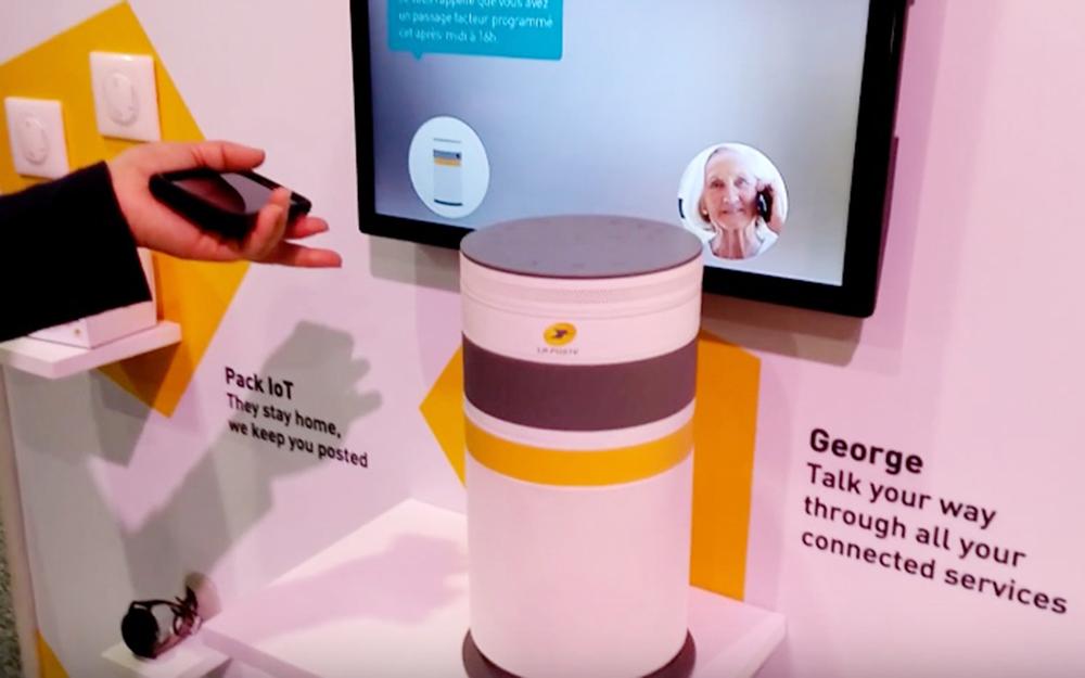 George, l'assistant conversationnel intelligent, sur le stand de la Poste au CES de Las Vegas