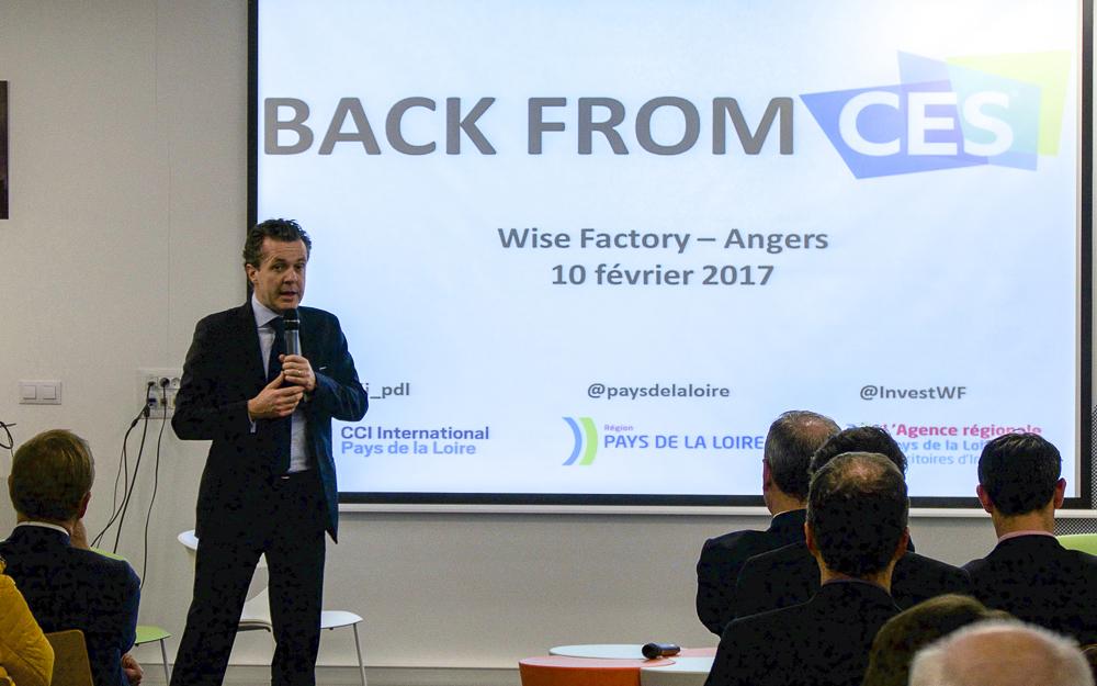 Christophe Béchu, présentant le World Electronics Forum aux participants de la matinée bilan du CES 2017