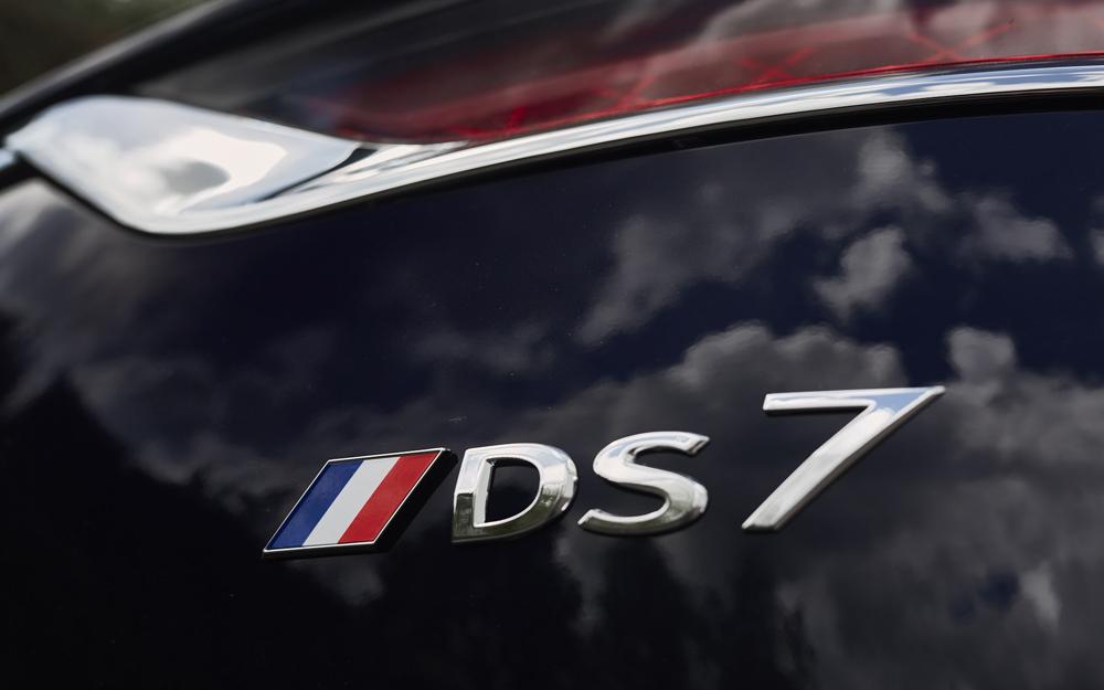 L'un des signes identitaires du véhicule présidentiel ( Photo DS)
