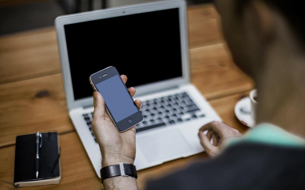 Plus de la moitié des Français consultent régulièrement le solde de leurs comptes ou accèdent à d'autres solutions de paiement au moyen d'une application bancaire (Photo Pixabay)
