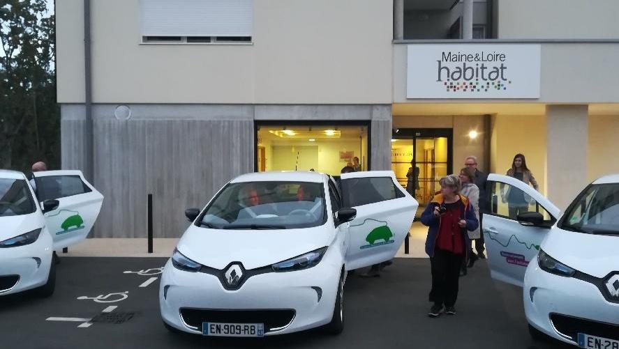 Inauguration du service d'auto partage de Maine & Loire Habitat à Trélazé (49) (Photo Bruno Flinois - Pt de Clem')