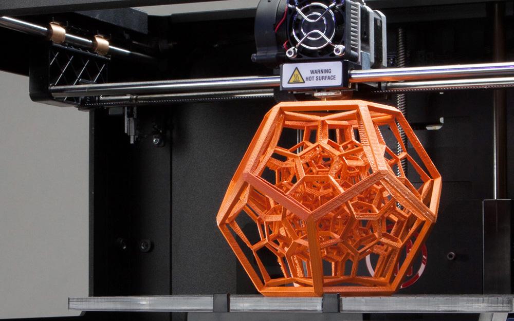 L'impression 3D est désormais dans tous les bureaux de design (Photo Numerama)