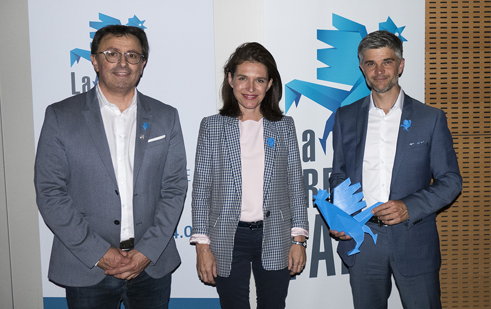 De gauche à droite : Eric Grellier, président de la CCI, Christelle Morançais, présidente de la région des Pays de la Loire et Yann Jaubert, président d'ALFI Technologies