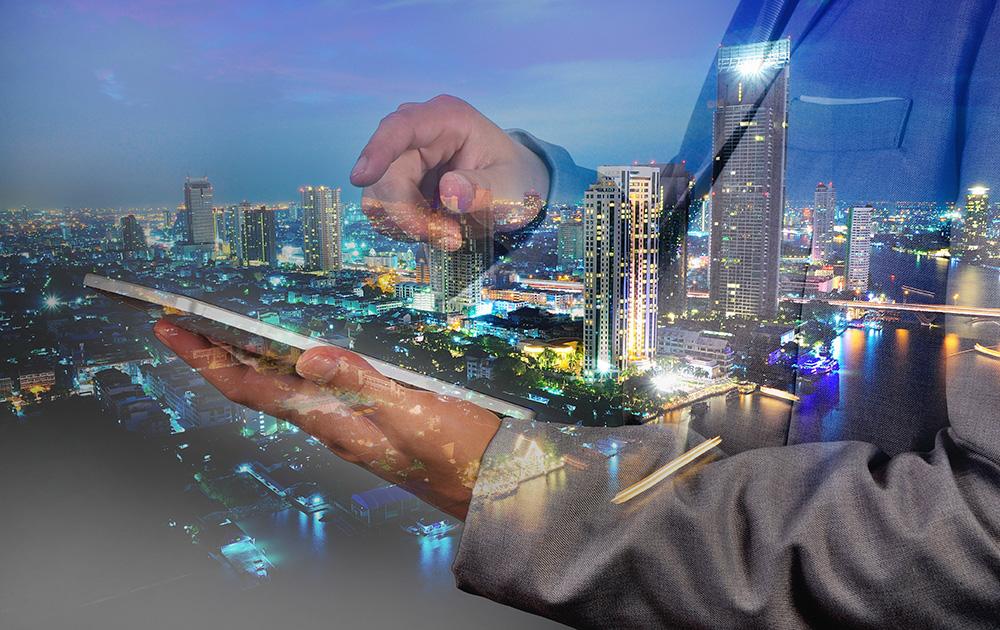 Proposer aux usagers de nouveaux services basés sur de l'interconnexion de données (photo Adobe Stock)
