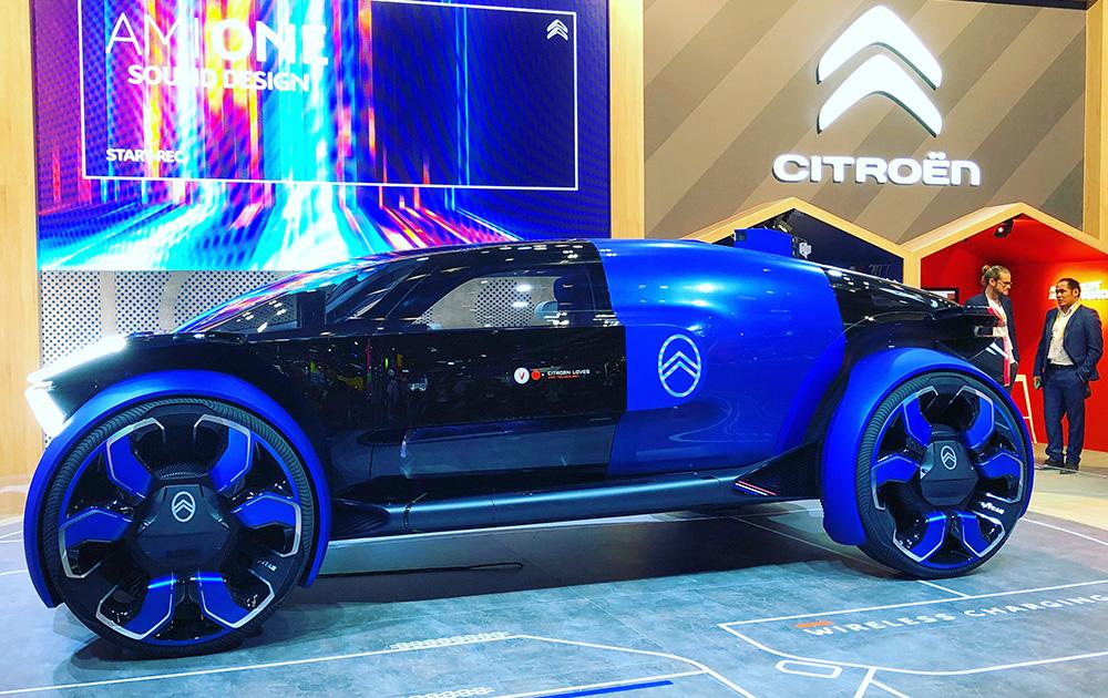 Ce n'était pas le salon de l'automobile, mais le concept car de Citroën, très connecté, a été très suivie.