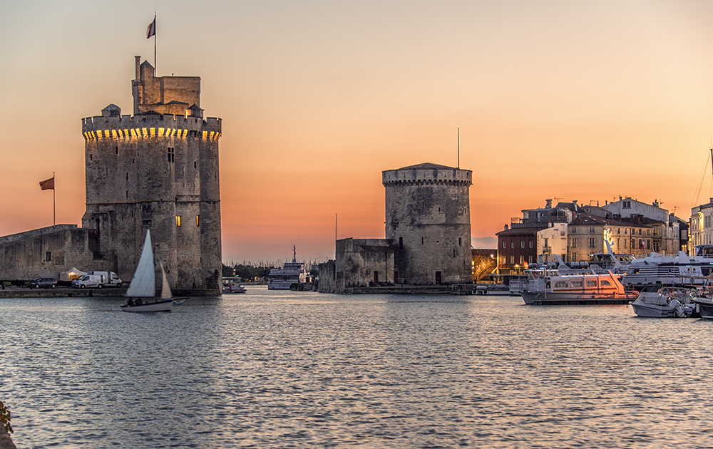 Le vieux port de La Rochelle (photo Adobe Stock)