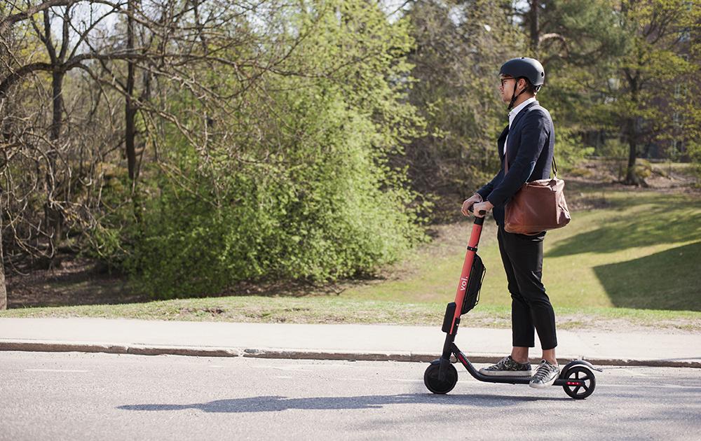 Se déplacer en toute liberté dans l'espace urbain (photo Voi)