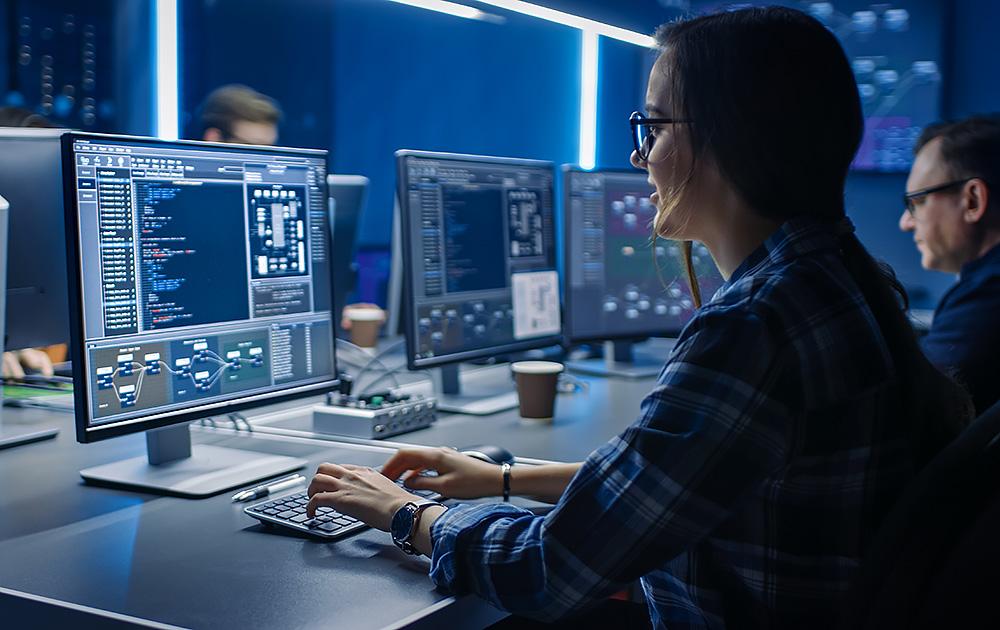 Seulement 33% des femmes travaillent dans le numérique (photo Adobe Stock)