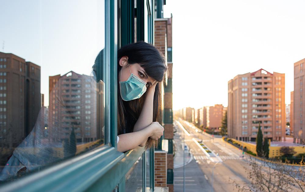 Aujourd'hui les rues des villes sont désertes. Quand retrouveront-elles et sous quelles conditions leur activité quotidienne. Ce sont les questions que soulève France Urbaine. (Photo Adobe Stock)
