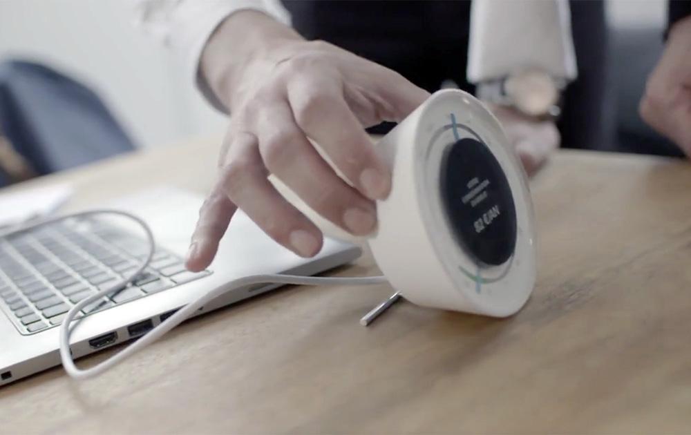 L'assistant Ecojoko qui permet de visualiser en temps réel sa consommation (Photo vidéo Ecojoko)