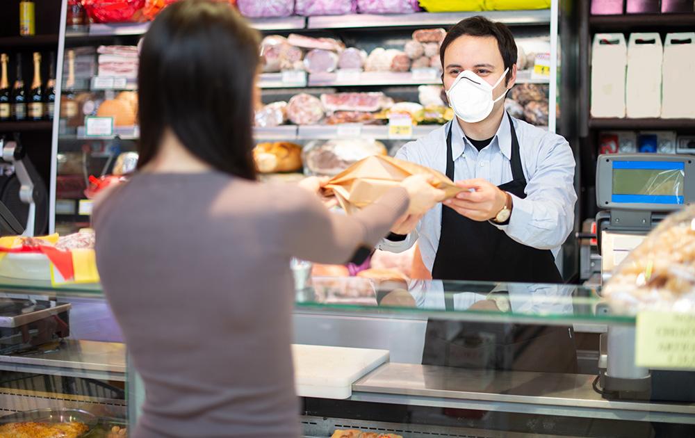 Ce sont surtout les petits commerces de proximité qui vont payer le prix fort de cette crise sanitaire et économique (photo Adobe Stock)