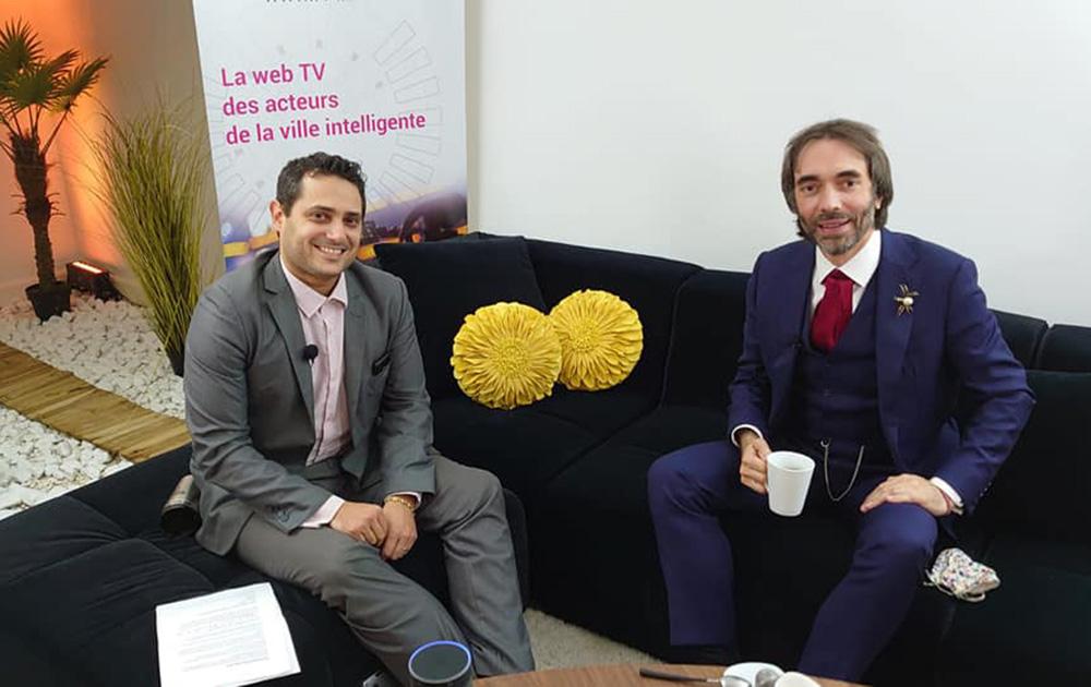 Le mathématicien et parlementaire Cedric Villani, lors de son passage au Loft de Paris Saclay, en compagnie de Tony Canadas