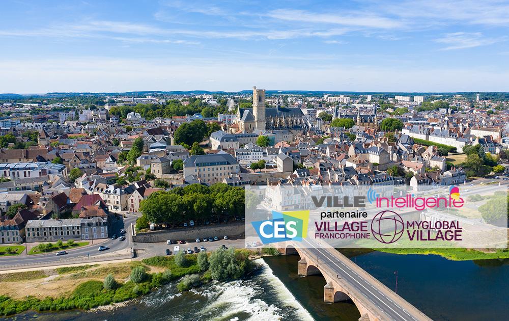La ville de Nevers sur les bords de la Loire, un des territoires qui s'engagent vers un numérique responsable, selon le Cerema (Photo Adobe Stock)