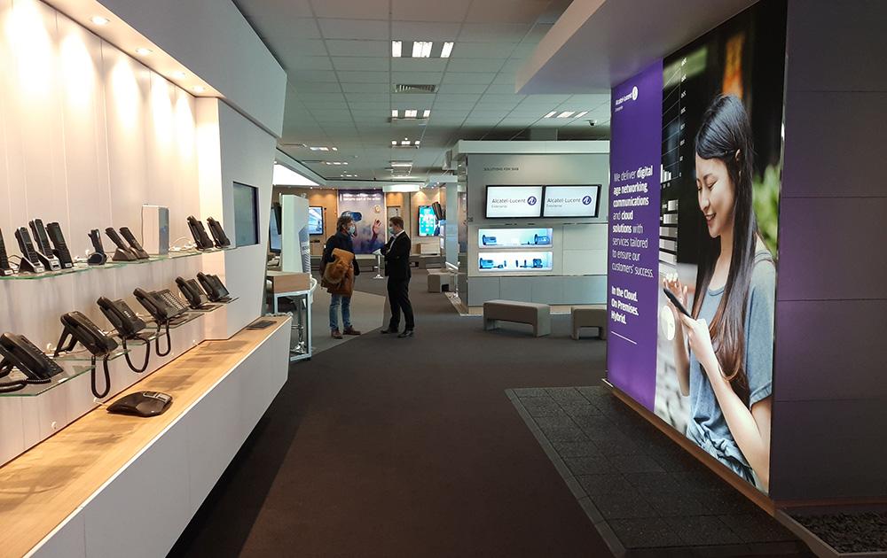 Le showroom Alcatel Lucent à Colombes, réservé aux entreprises