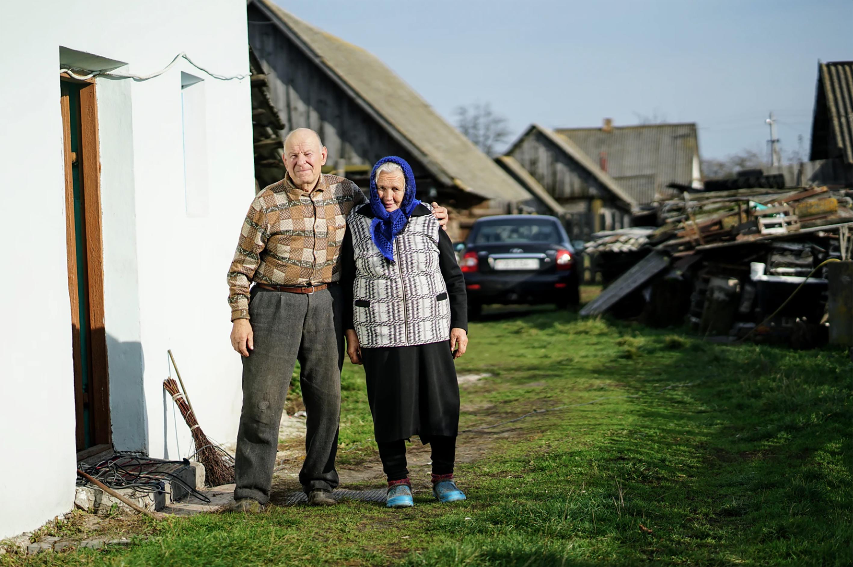 Les seniors qui vivent en zone rurale, méritent que l'on s'intéresse de près à leurs modes de déplacement ( source : Unsplash )