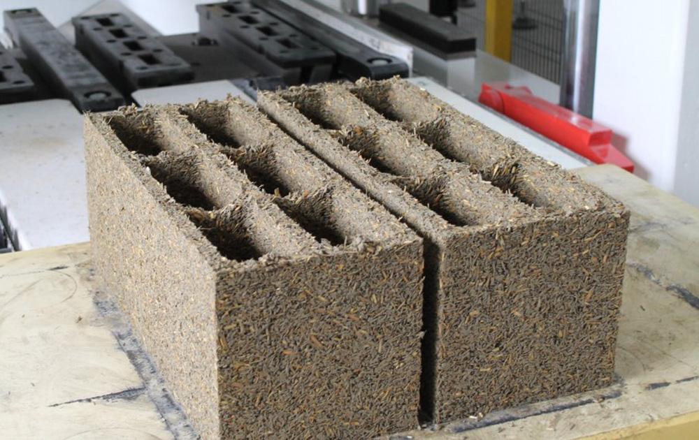 Blocs de béton de Miscanthus (photo Info ciments)
