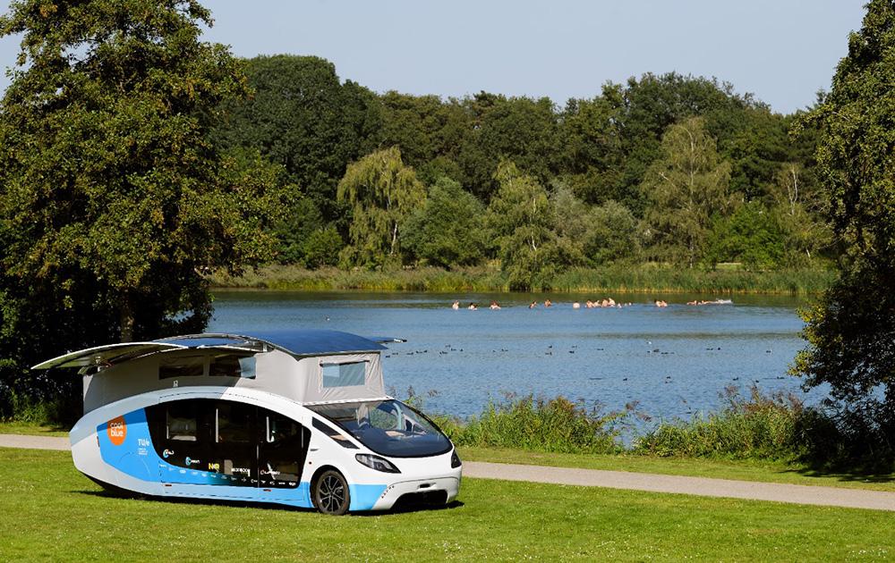 Le camping-car solaire de la Solar Team Eindhoven (Photo Facebook)