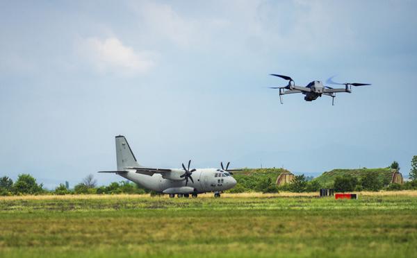 Clearance facilite le suivi en temps réel des drones dans les espaces aériens contrôlés